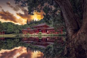 города, - буддийские и другие храмы, простор
