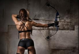спорт, блочный лук, девушка, спина, стрела, мышцы