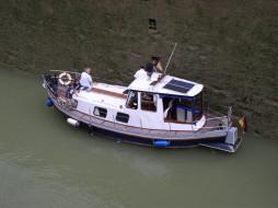корабли, катера