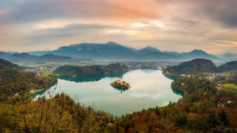 города, блед , словения, озеро, церковь, горы