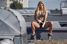 спорт, фитнес, модель, девушка, стройная, мышцы, поза, красотка, тренировка, подтянутая, блондинка