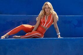 спорт, фитнес, красотка, тренировка, подтянутая, модель, блондинка, стройная, девушка, мышцы, поза