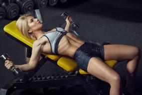 подтянутая, тренировка, блондинка, фитнес, спорт, модель, девушка, стройная, поза, мышцы, красотка