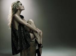 девушки, ashley scott, ящик, платье, каблуки, блондинка