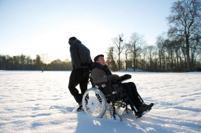 Дрисс, Филипп, снег, коляска
