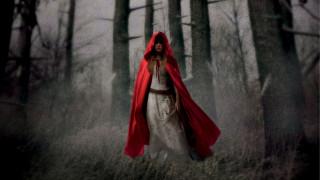 Красная Шапочка, лес, туман, балахон, девушка