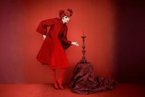 девушки, - рыжеволосые и разноцветные, ruby, aldridge, пальто, свеча, подсвечник, ткань