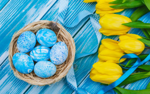 праздничные, пасха, цветы, яйца, букет, желтые, colorful, тюльпаны, happy, yellow, wood, flowers, tulips, easter, eggs, decoration