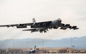 b-52 stratofortress, авиация, боевые самолёты, boeing, b-52, stratofortress, ввс, сша, американский, стратегический, бомбардировщик, военный, аэродром, самолет