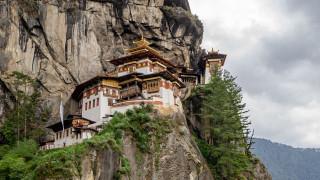 города, - буддийские и другие храмы, храм