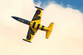 самолет, фигура пилотажа, жетлый, небо