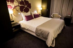 интерьер, спальня, кровать, светильники