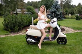 обои для рабочего стола 2560x1706 мотоциклы, мото с девушкой, scooter