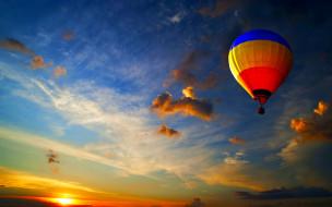 обои для рабочего стола 2560x1600 авиация, воздушные шары дирижабли, воздушный, шар, небо, краски, солнце, облака