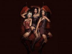фэнтези, вампиры, девушки, вампир, укус