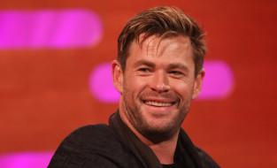 мужчины, chris hemsworth, актер, лицо, улыбка, щетина