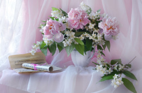цветы, букеты,  композиции, жасмин, пионы, ноты