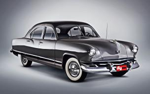 1951 Kaiser DeLuxe обои для рабочего стола 3840x2400 1951 kaiser deluxe, автомобили, kaizer, kaiser, deluxe, golden, dragon, 4k, ретро, 1951, люкс