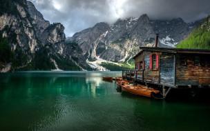 корабли, лодки,  шлюпки, озеро, горы, тучи