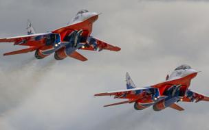 Миг 29УБ обои для рабочего стола 2880x1800 миг 29уб, авиация, боевые самолёты, миг29, fulcrum, ввс, россии, пилотажная, группа, 29уб, рск, миг, истребитель, стрижи, военная