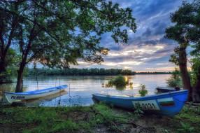 река, лодки, закат