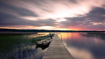 река, лодки, мостки, закат