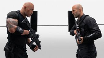 форсаж хоббс и шоу, боевик, джейсон стэтхем, дуэйн джонсон, кадры из фильма