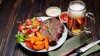 еда, мясные блюда, пиво, стейк, картофель, соус