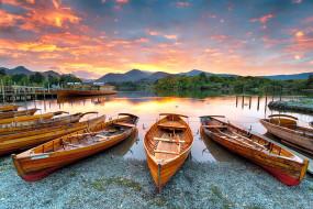 обои для рабочего стола 2560x1709 корабли, лодки,  шлюпки, горы, озеро, закат