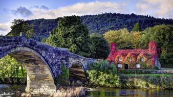 Llanrwst, Conwy, North Wales обои для рабочего стола 2560x1440 llanrwst,  conwy,  north wales, города, - мосты, река, мост, каменный, коттедж