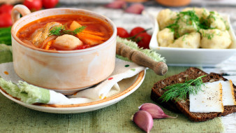 еда, первые блюда, суп, щи, чеснок, сало