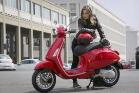 мотоциклы, мото с девушкой, vespa