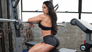 Diva Kaitlyn, Celeste Bonin, девушка, рестлер, бодибилдинг, мышцы, модель, фигура, бодибилдерша, нагрузка, станок, тренажёр
