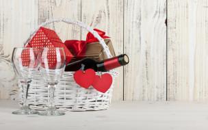 корзина, подарки, бокалы, вино, сердечки