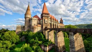 города, - дворцы,  замки,  крепости, ландшафт, природа, архитектура, замок, облака, деревья, небо, корвин, румыния