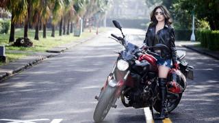 мотоциклы, мото с девушкой, мотоцикл, девушка, шлем