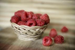 еда, малина, ягоды, спелая