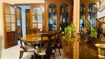 интерьер, столовая, стол, шкафчики