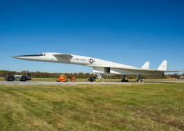 обои для рабочего стола 2100x1500 авиация, боевые самолёты, xb70, valkyrie, ввс, сша, сверхзвуковой, бомбардировщик