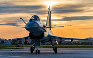авиация, боевые самолёты, всепогодный, многоцелевой, истребитель, четвертое, поколение, chengdu, j-10, j10, вечер, закат, военный, аэродром