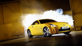 nissan 350z, автомобили, nissan, datsun, ниссан, желтый, дым, двери