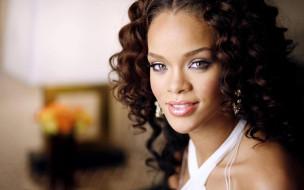 rihanna, музыка, девушка, модель, певица, лицо, портрет, мулатка, взгляд, макияж, причёска, красотка, темнокожая