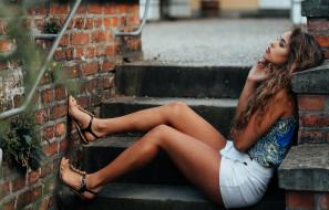sheila sanko, девушки, sheila, sanko, девушка, модель, брюнетка, красотка, красавица, стройная, сексуальная, поза, флирт, причёска, макияж