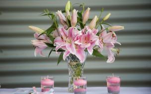 цветы, лилии,  лилейники, ваза, букет, свечи