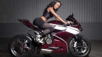мотоциклы, мото с девушкой, девушка, брюнетка, модель, байк, мотоцикл, красотка, поза, взгляд, флирт, стройная, сексуальная