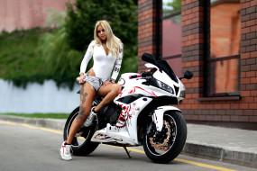 мотоциклы, мото с девушкой, девушка, блондинка, модель, байк, мотоцикл, красотка, поза, взгляд, флирт, стройная, сексуальная