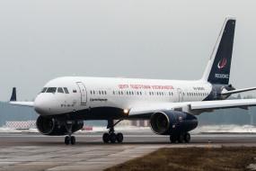 ТУ- 204, самолёт, пассажирский, аэродром