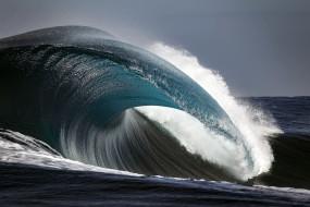 солитон, природа, моря, океаны, волны, шторм, буря, брызги, вода, океан, море, небо, непогода, ветер