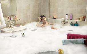 девушка, ванна, вода, потоп, пена