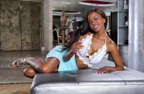 Jezabel Vessir обои для рабочего стола 2560x1687 jezabel vessir, девушки, jezabel, vessir, девушка, мулатка, темнокожая, чернокожая, поза, модель, красотка, взгляд, макияж
